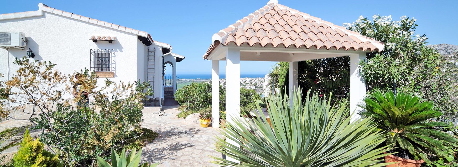 acb.immo - Villa avec appartement séparé, piscine privée et vue mer panoramique à Monte Pego, Dénia