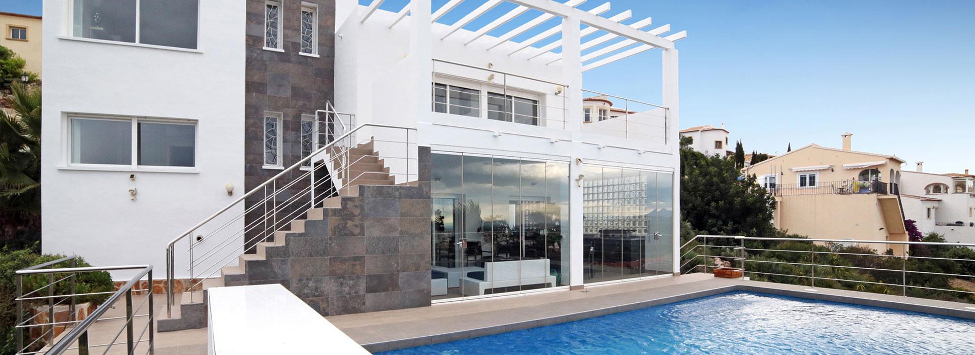 acb.immo - Magnifique villa contemporaine avec vues panoramiques sur mer et montagnes à Rafol d'Almunia, Denia