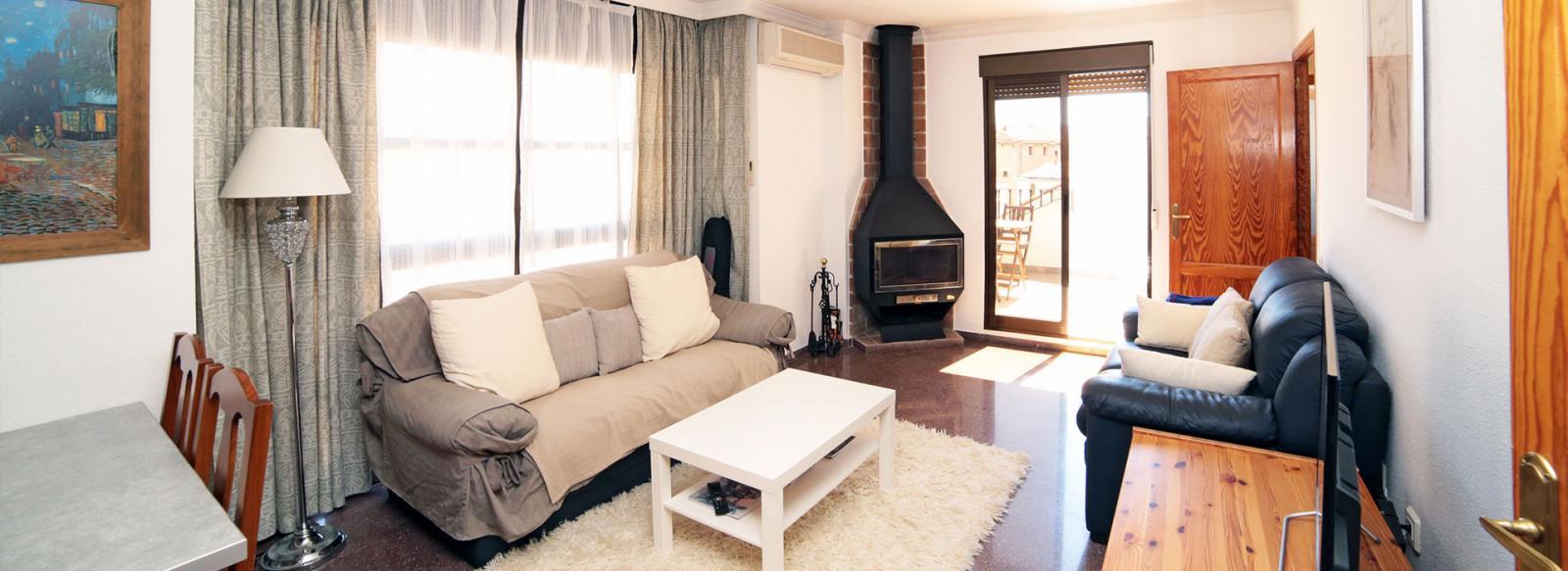 acb.immo - Attique de 2 chambres avec terrasse dans le centre historique de Pego, Région de Dénia