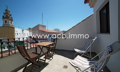 For sale 2 bedroom penthouse with terrace in the historic center of Pego