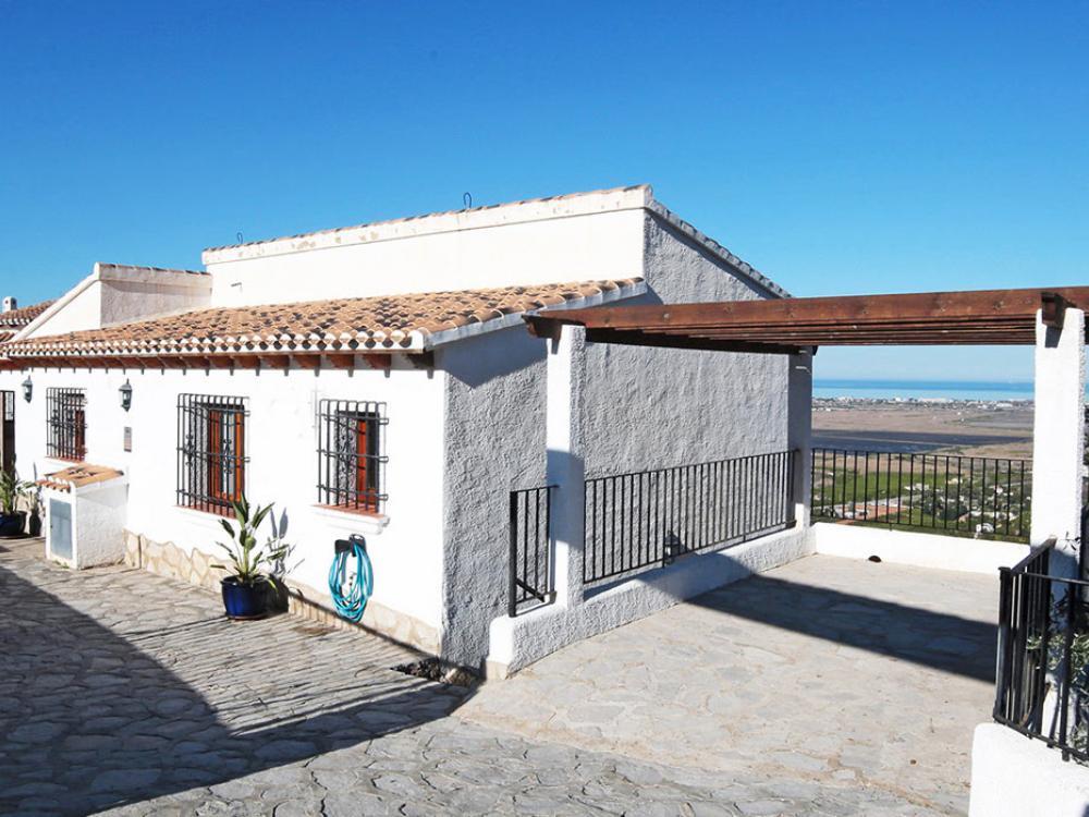 acb.immo - Villa avec piscine, vue mer et studio indépendant à Monte Pego, Dénia