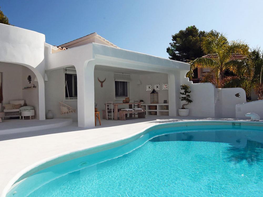 acb.immo - Villa rénovée de style Ibiza à Javea